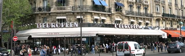 Européen face à la Gare de Lyon