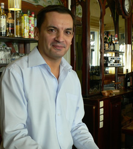 cafe-barjot-patron