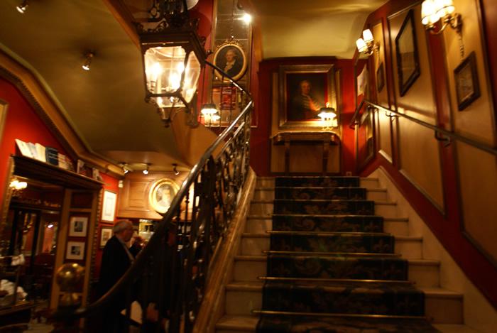procope-escalier