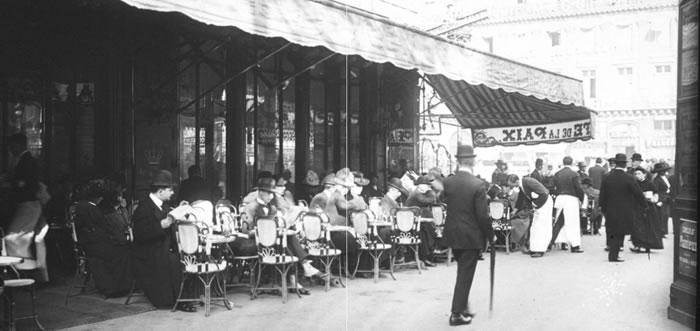 Cafe Decore Livres Paris