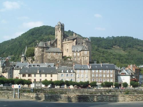 Le Château d'Estaing racheté en 2005 par Valéry Giscard d'Estaing