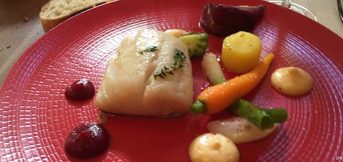 - Aïoli de lieu jaune, petits légumes glacés et son huile d'olive la Fuente de piedra