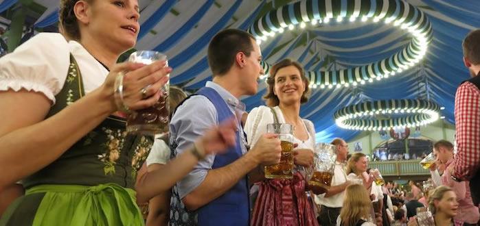 L'Oktoberfest, convivialité munichoise